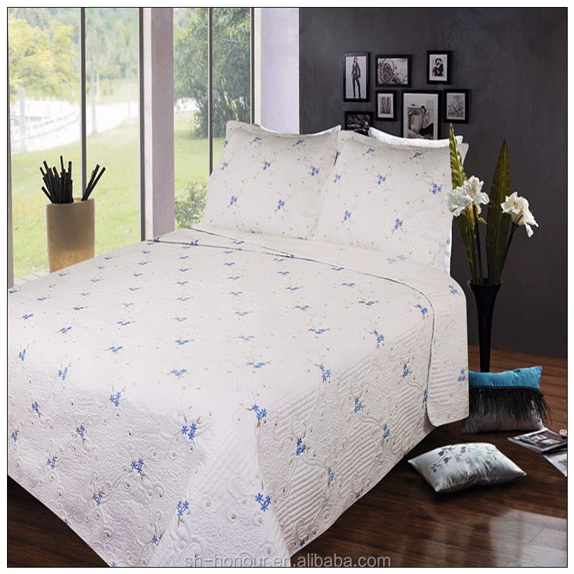 Hand microfiber quilt bed sheet/embroidery design bedspread