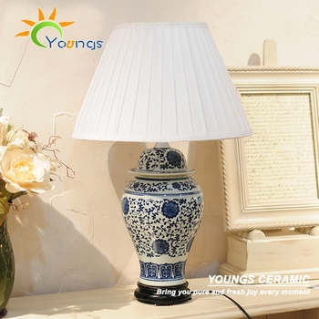 Large Chinese Traditional Blue White Ceramic Ginger Jar Desk Lamp