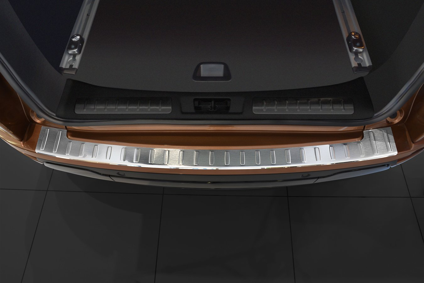 2011 - 2017 Land Rover Range Rover Evoque - Stainless Steel Rear Bumper Protector