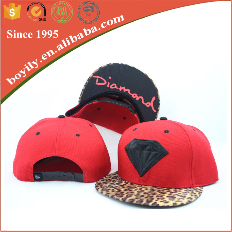 custom fashion 5 or 6 panel wholesale embroidery snapback caps