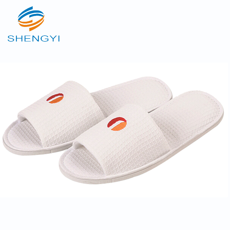bfd5c691e780 China Women Beaded Slippers