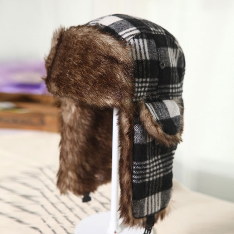 Winter warm windproof plaid fur lei feng trooper hats outdoor bomber  trapper hat with ear flaps b44bf2a3b68