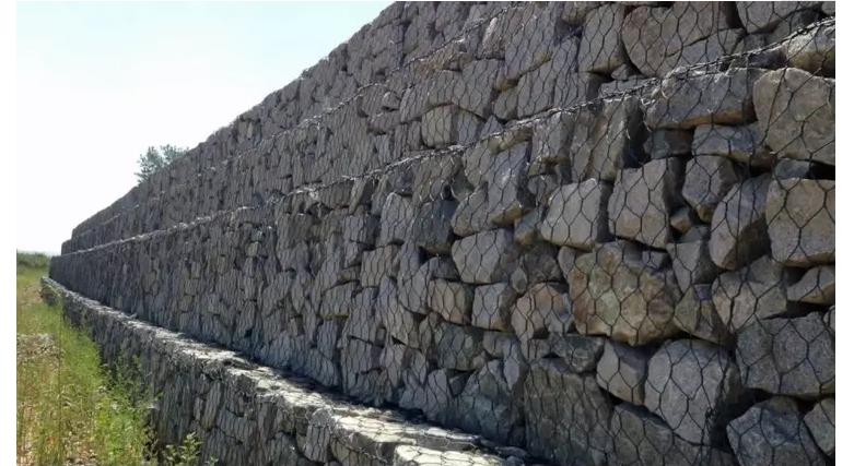 2x2 아연 도금 용접 와이어 메쉬는 돌 감금소