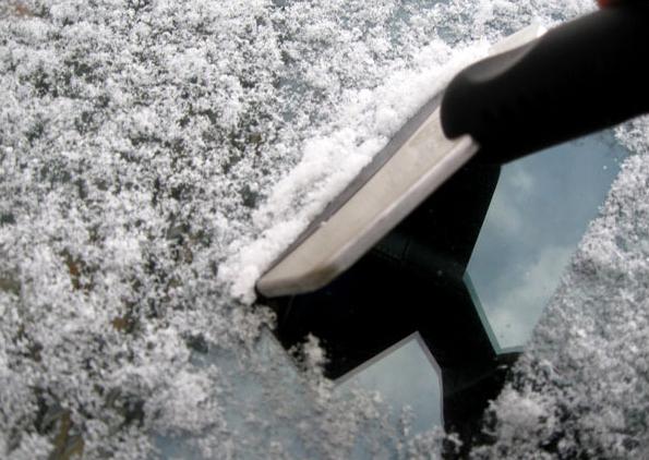 Горячая продажа 2013. Скребок льда на автостёклах из нержавеющей стали. Бесплатная доставка
