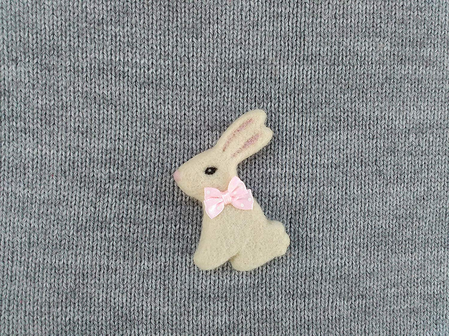 f83b58910 Get Quotations · White bunny brooch, Needle felted rabbit, Needle felt bunny,  Easter bunny brooch