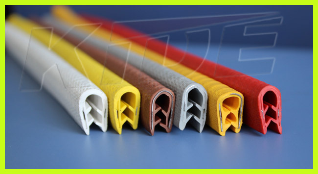 Colourful pinchweld pvc sharp edge protector with steel for Couvre joint pvc fenetre