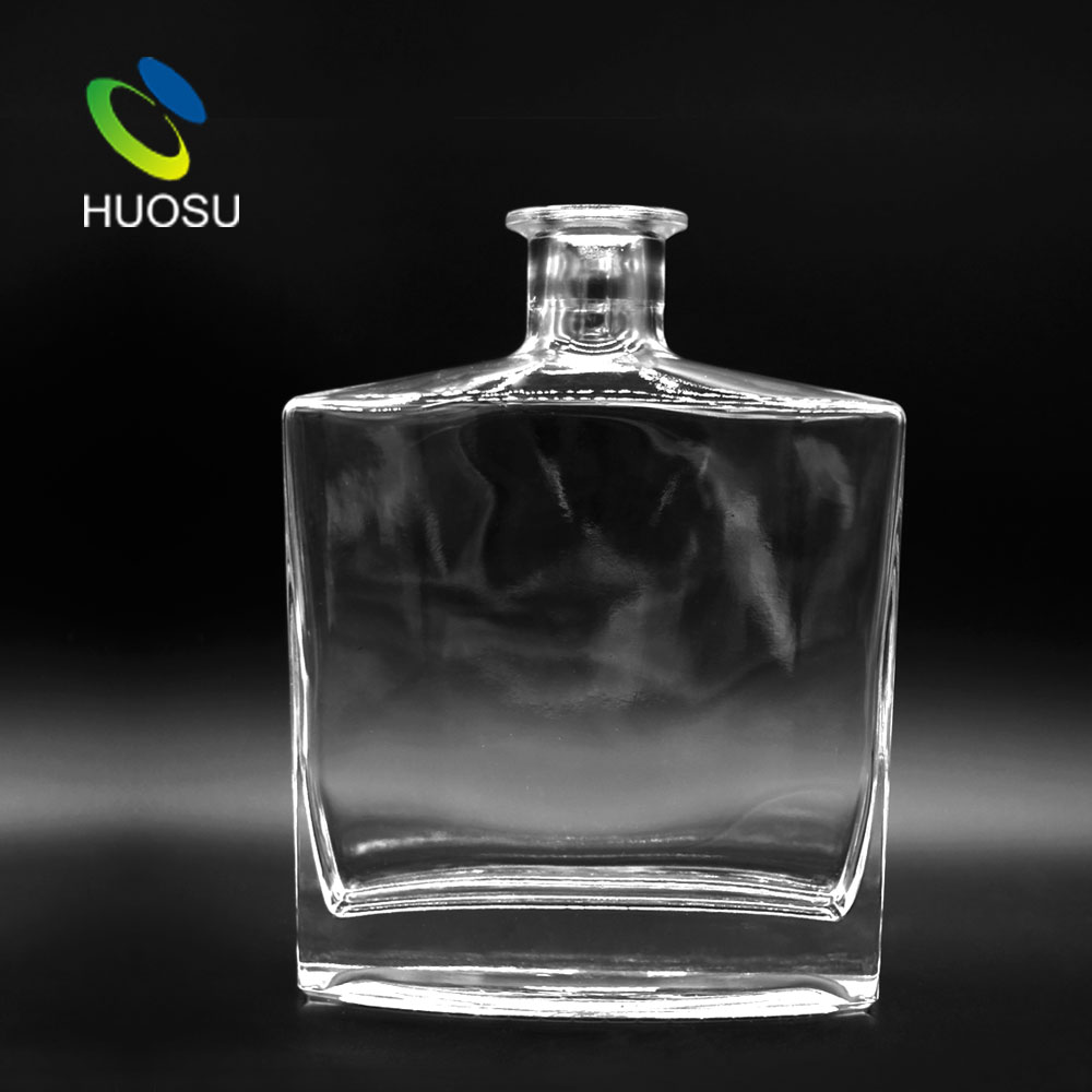 700ml glass bottle.jpg