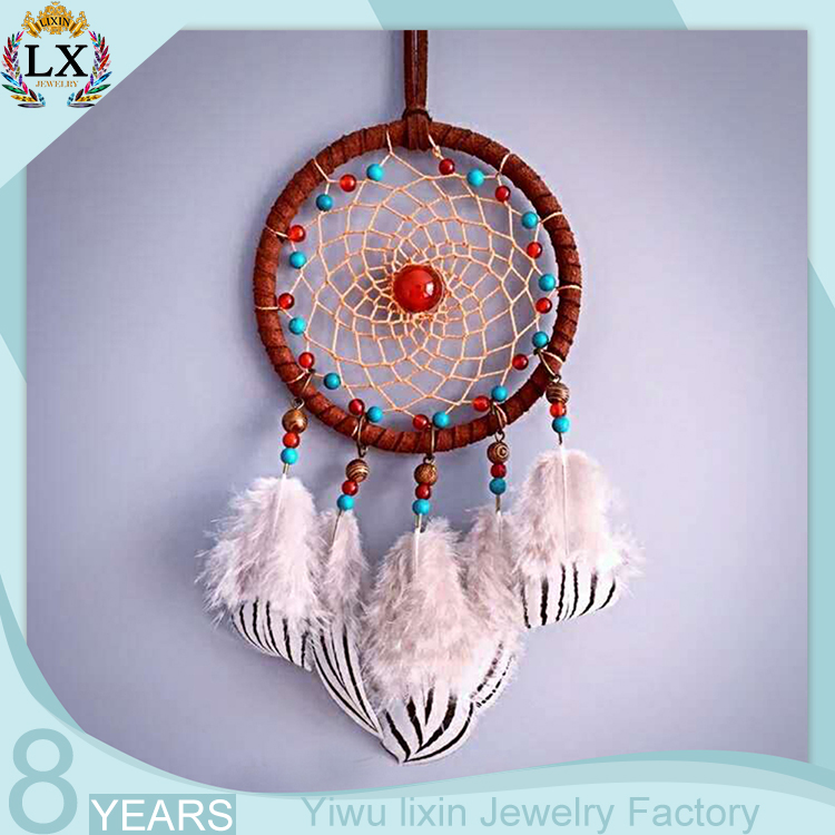 05f4241643b036 DLX-00017 Popular dream catcher wall hanging for sale souvenir Crochet  simple feather wood bead
