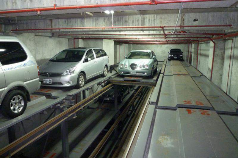 Columnn automatique type de stockage de voiture parking for Hauteur garage sous sol