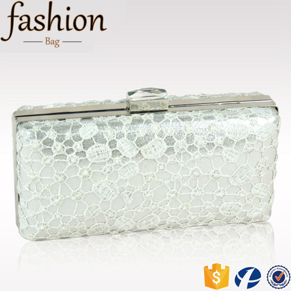 CR Most advanced process hollowed-out cutout lace pattern metal frame envelope shaped silver new top design crochet handbags