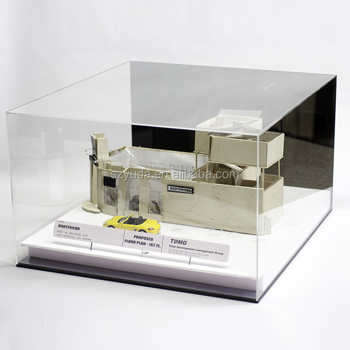 Cube Dustproof Showcase Football and Basketball Display Stand Ball Display Holder