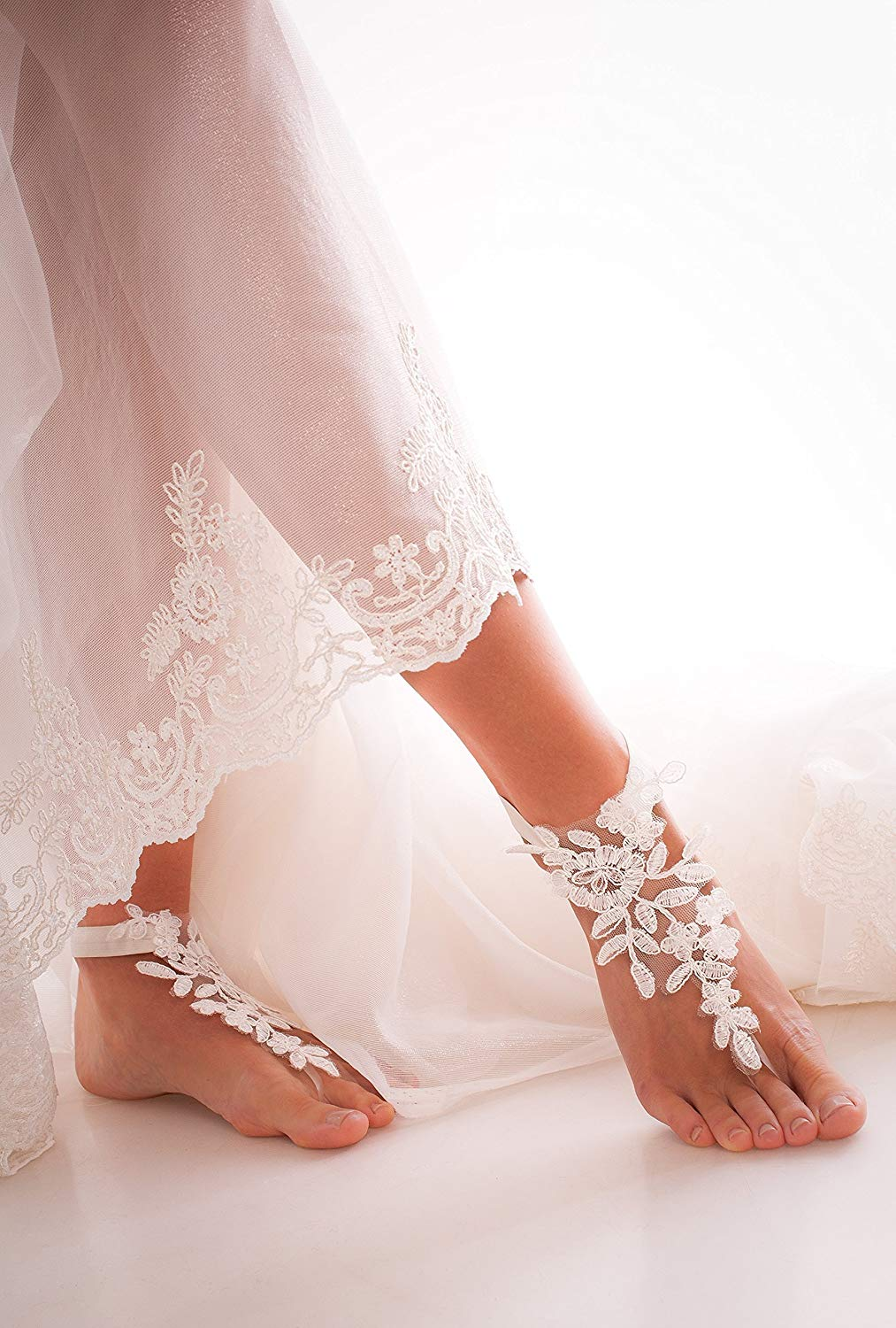 Ivory Lace Barefoot Sandals, Bridal accessory, Nude shoes, Foot thongs, French Lace, Sexy, Beach wedding Anklet, bottomless shoes