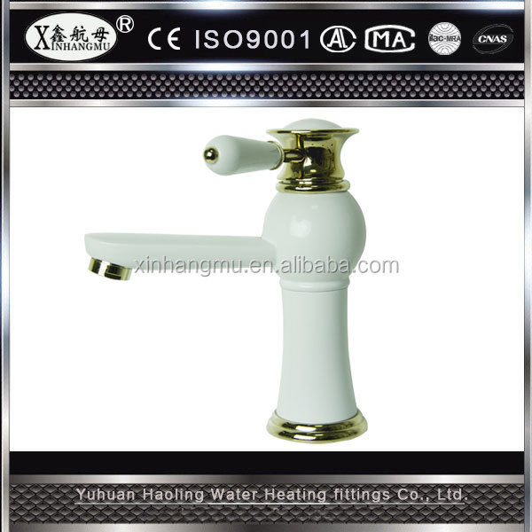 European Style Basin Sink Water Faucet Kitchen Usage Sanitary Mixers Bathroom Accessory Set