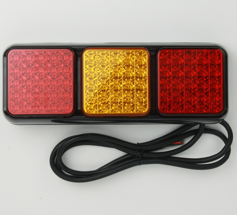 75 LED Trailer Light Truck Rear Tail Lamp with Emark and EMC Certification