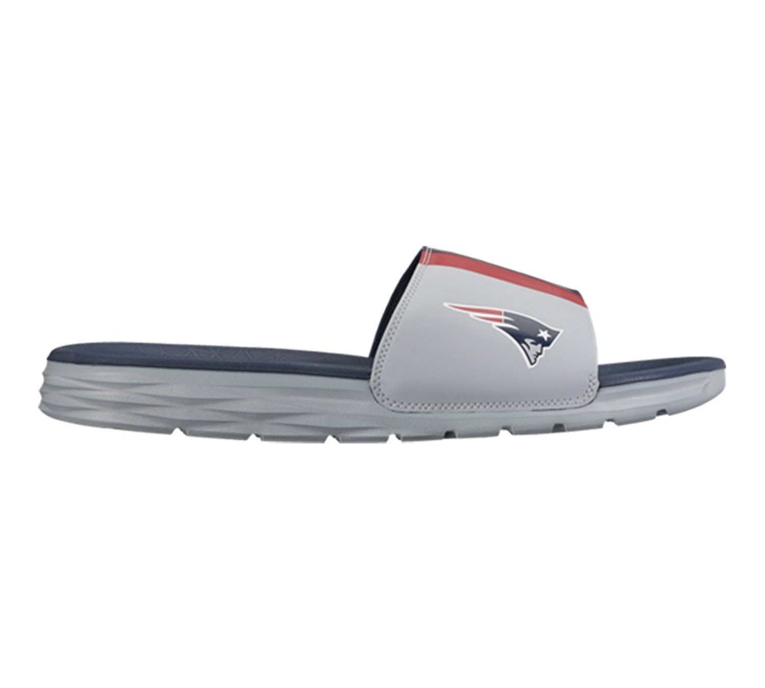 c9921cdef Get Quotations · Nike Men s Benassi Solarsoft NFL Team Slide