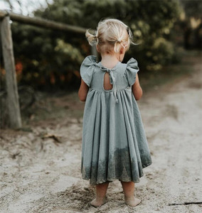 BDC181-1 Fashionable vintage model kids dress wholesale long design cotton linen cute puffy sleeve girls dress