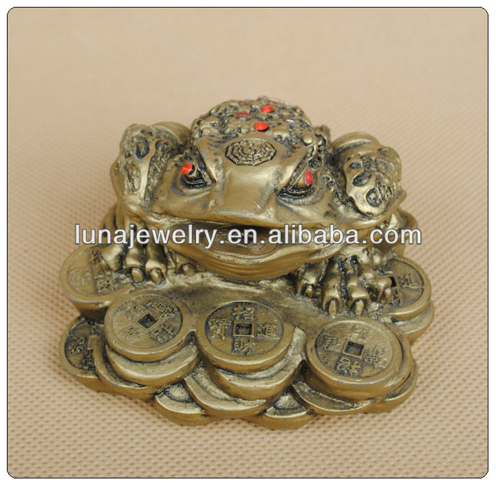 Fabulous Hong Tze Collection frog feng shui ,money frog,luckly frog,Money Toads