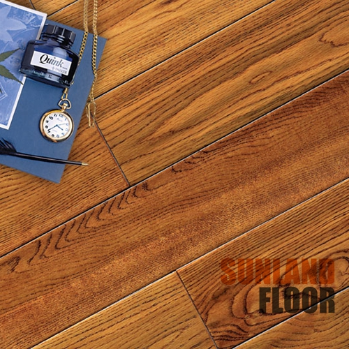 12mm Grey Oak Style Selections Wooden Laminate