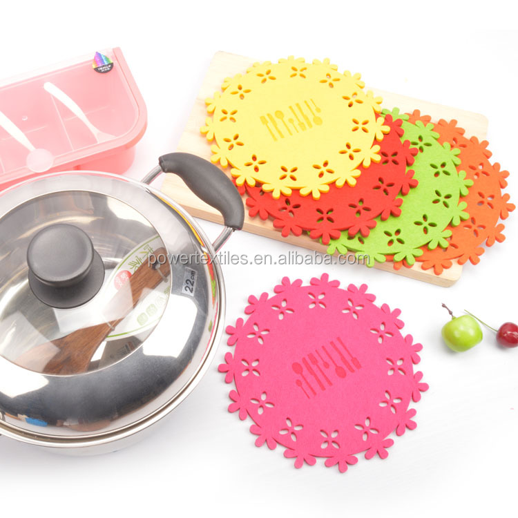 Flower Shaped Felt Pan Protector