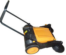 Road sweeping machine with sweeping brush