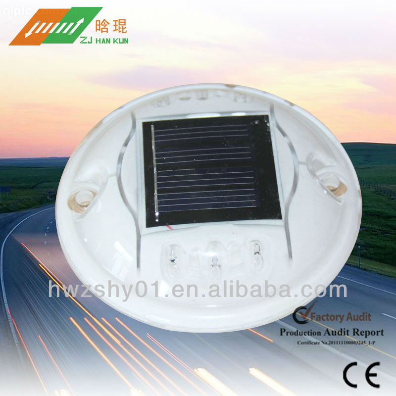 Solar Road Reflectors With PC Material