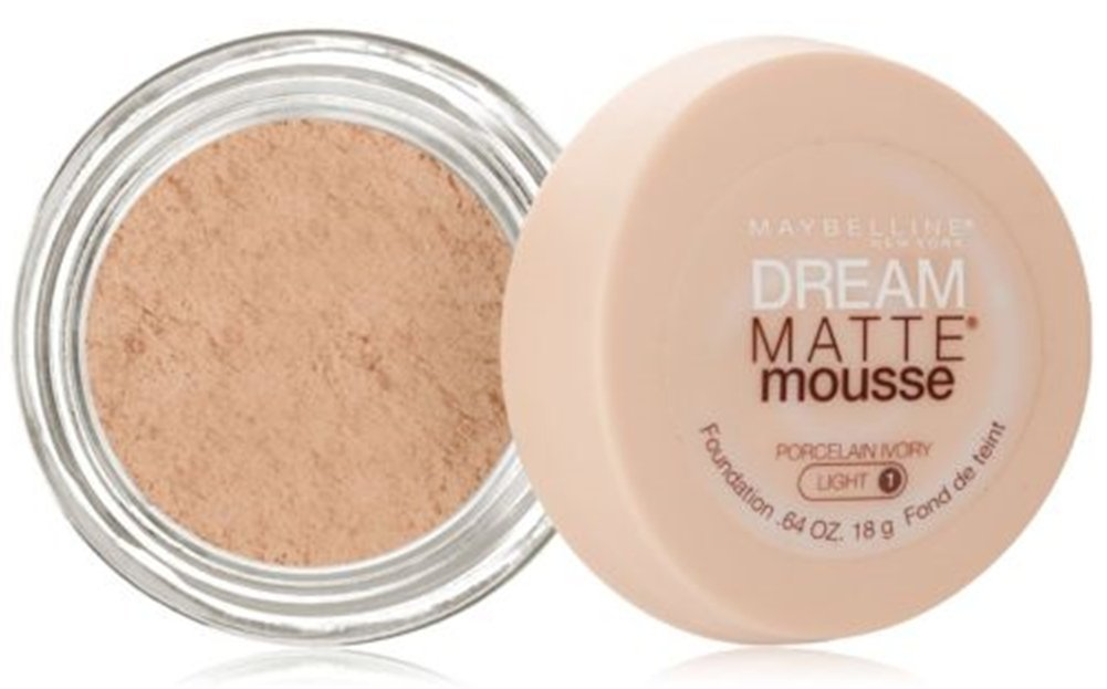 Maybelline Dream Matte Mousse Foundation – Porcelain Ivory (Light 1)