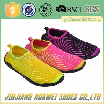 dfc14774f640 Newest Rubber Solf Swimming Shoes Fashion Aqua Water Shoes Sufring Skin  Shoes
