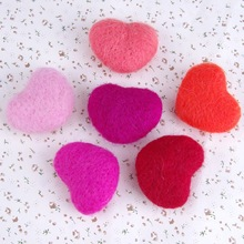 3cm Peach heart wool felt poke music manual DIY jewelry crafts material accessories brooch hair accessories pendant accessories