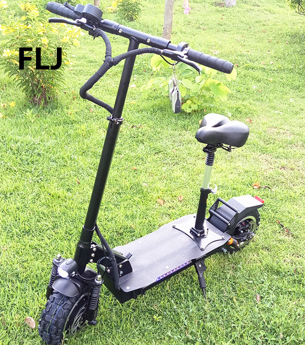 11 Inch 60V 3200w foldable cheap long range electric scooter two wheel фото