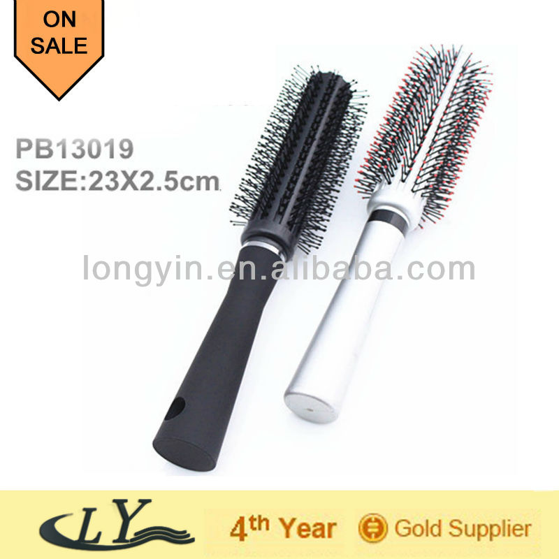 round hair brush ,beauty prodct,hair dressing