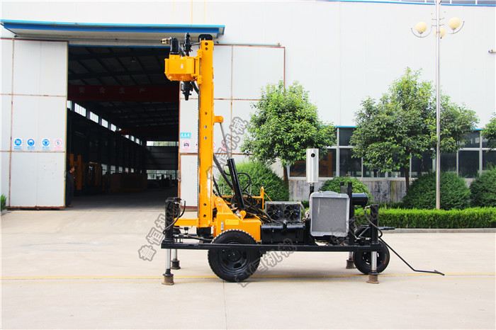 200m depth Rock Drilling Machine / Air DTH water well bore hole drilling rig