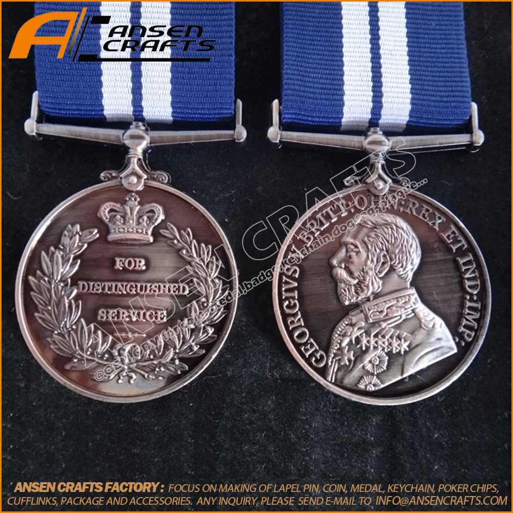 United Kingdom Military Medals And Decorations Distinguished Service Medals  - Buy Distinguished Service Medal,British Campaign Medals,Uk Medals And