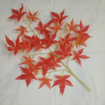 red fabric material artificial maple leaf with five claws