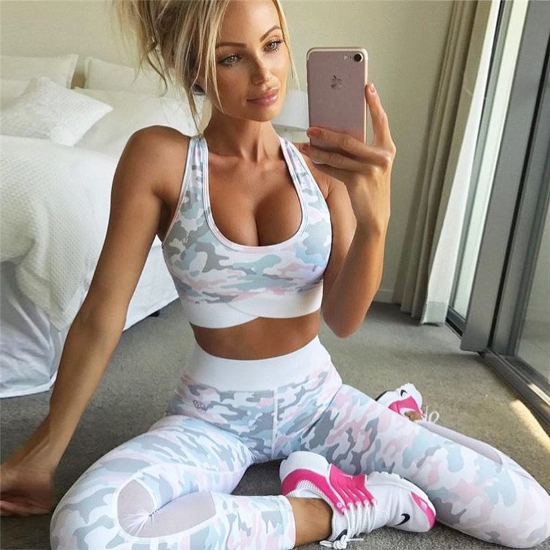 OEM Factory Wholesale Fitness Yoga Wear Custom Women Yoga Wear Sports Bra And Yoga Pants T-22