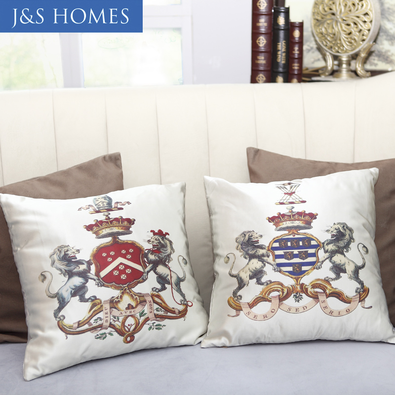 British 45*45 CM Satin Cotton Lion King Imperial Crown