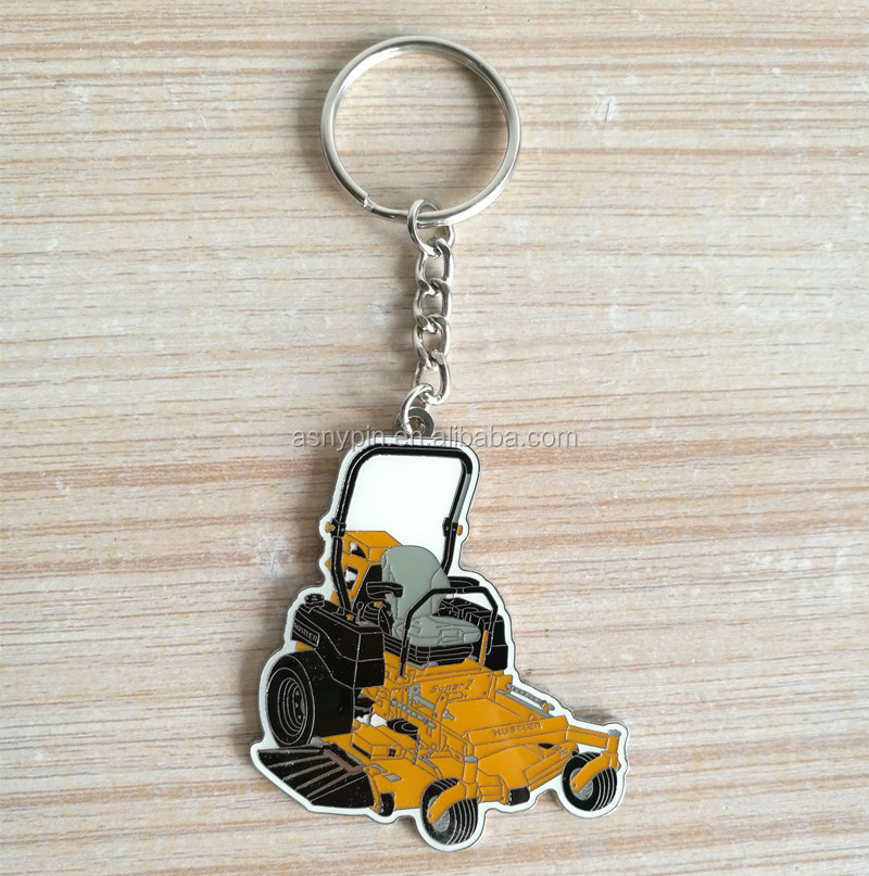 personalized soft enamel lawn mower machine design metal keychain for souvenir gifts