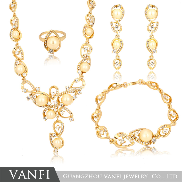 Latest Design Pearl Bridal Wedding 18k Gold Plated Fashion Jewelry Sets