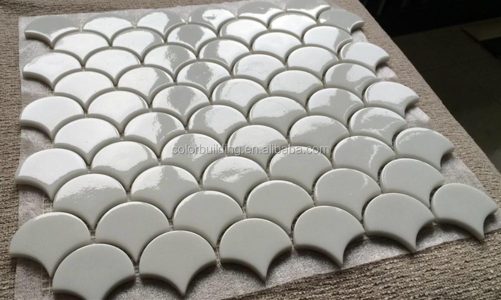 verre tuiles cailles de poisson conception dosseret mosa que fan forme recycler le verre blanc. Black Bedroom Furniture Sets. Home Design Ideas