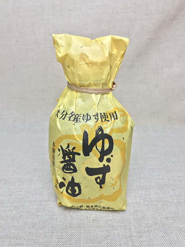 Japan low price private brand yuzu dark soy sauce for a variety of dishes