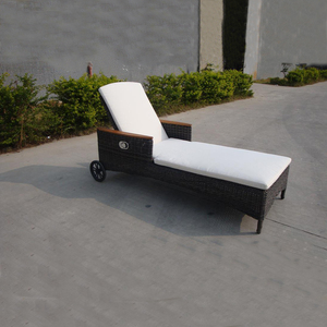 Wholesale price woven outdoor furniture hotel sun lounger used swimming pool wicker lounge chair with wheels