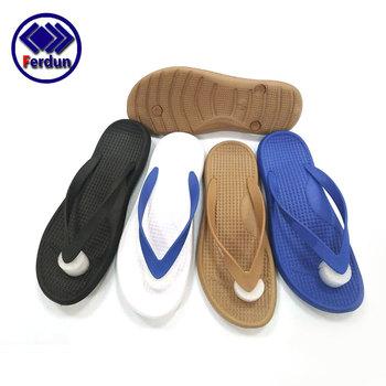 401f0b039c66 The most popular wholesale flat sandals shoes pvc flip flops for men ...