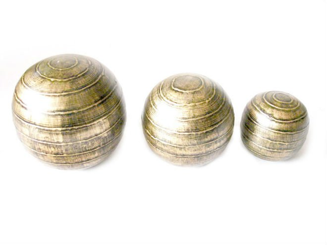 shiny decorative balls and spheres in gold finish buy shiny decorative ballsgold decorative ballsmade in india decorative balls product on alibabacom - Decorative Orbs