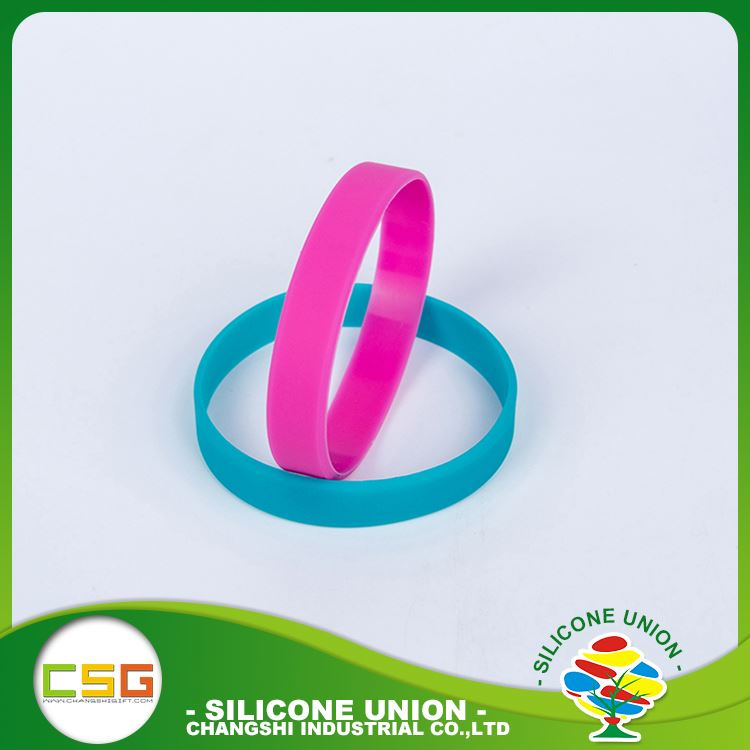 Practical products silicone promotional gifts soft no deformation custom charm bracelet