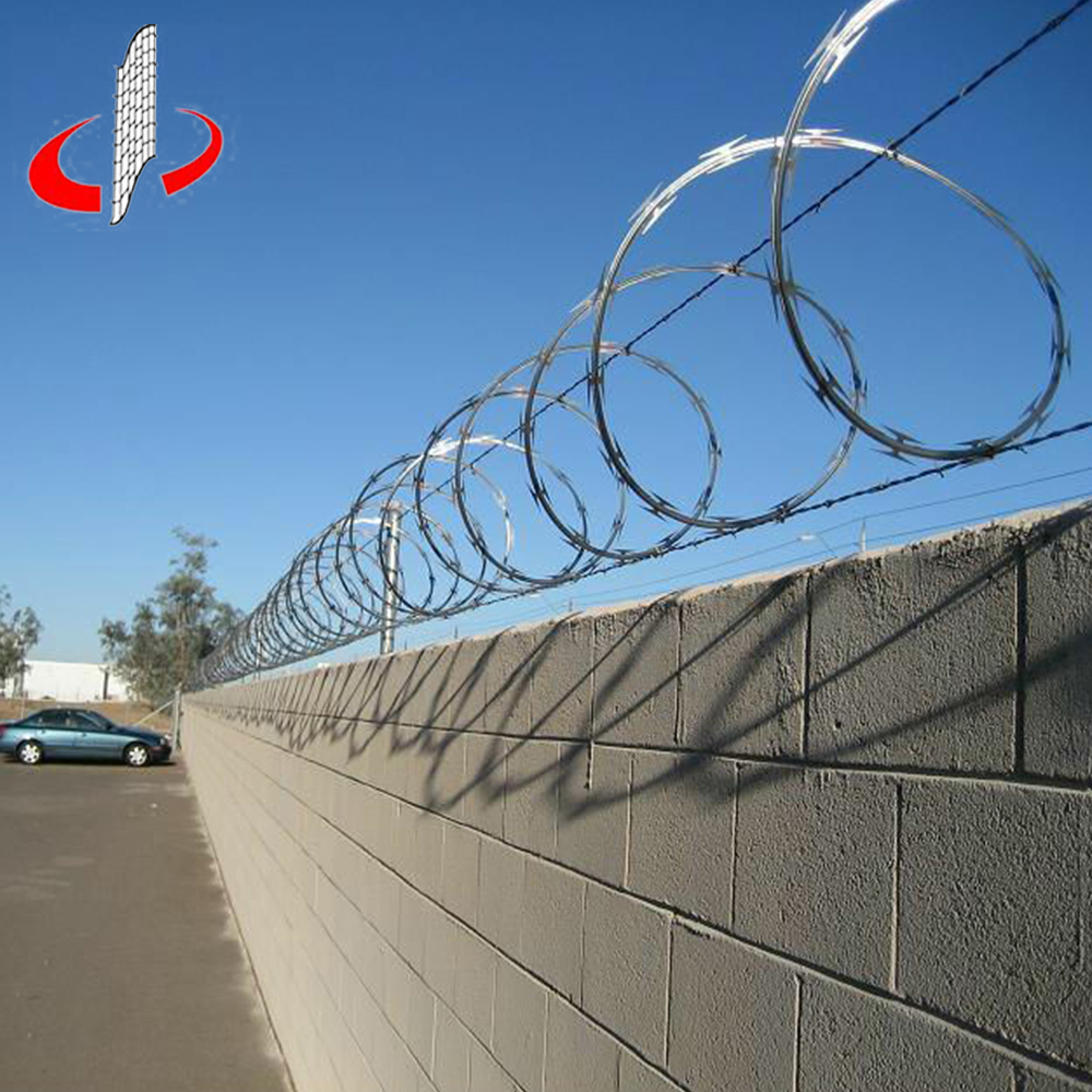 Barbed Wire Fence Cost, Barbed Wire Fence Cost Suppliers and ...