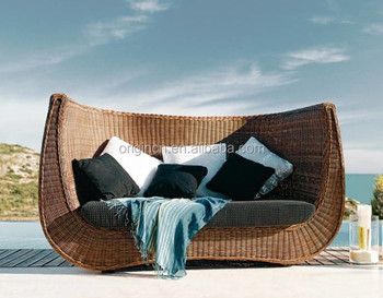 Wavy Backrest Designed Bali Style 2 Seater Wicker Rattan Sofa Hotel W Outdoor Furniture