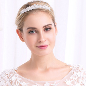 European Hot Crystal Bridal Jewelry Exquisite Crystal Wedding Head Wear Noble Elegant Wedding Crown For Bride Jewelry