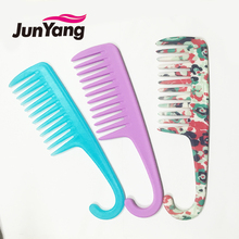 2017 new wholesale wide tooth plastic hair comb
