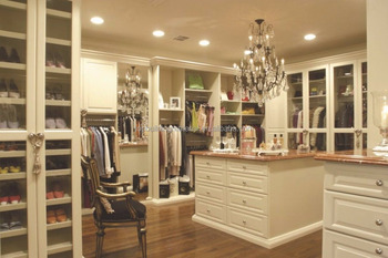 Custom wardrobe cabinetry