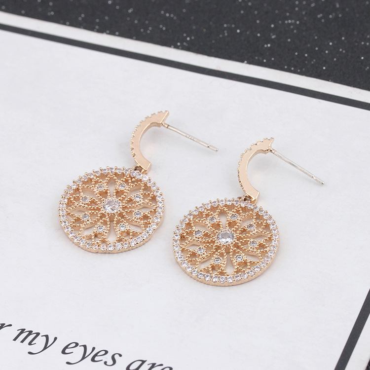 Wholesale delicate  925 sterling silver flower rounds design crystal earrings for women gold plated earrings