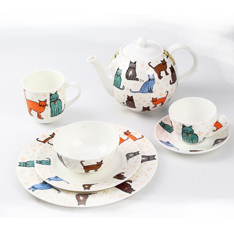 Porcelain Dinnerware Set Indonesia